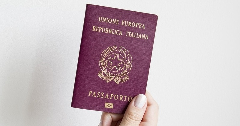 Come si fa il passaporto? Documenti e procedure da seguire